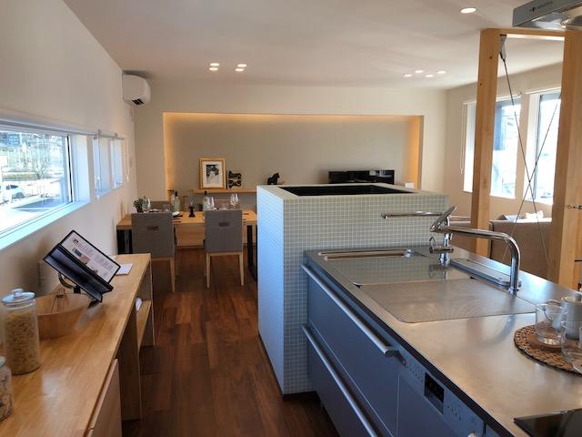 2階リビングならロハス、富士市で2階リビングなら、エアコン一台で家じゅうあったか