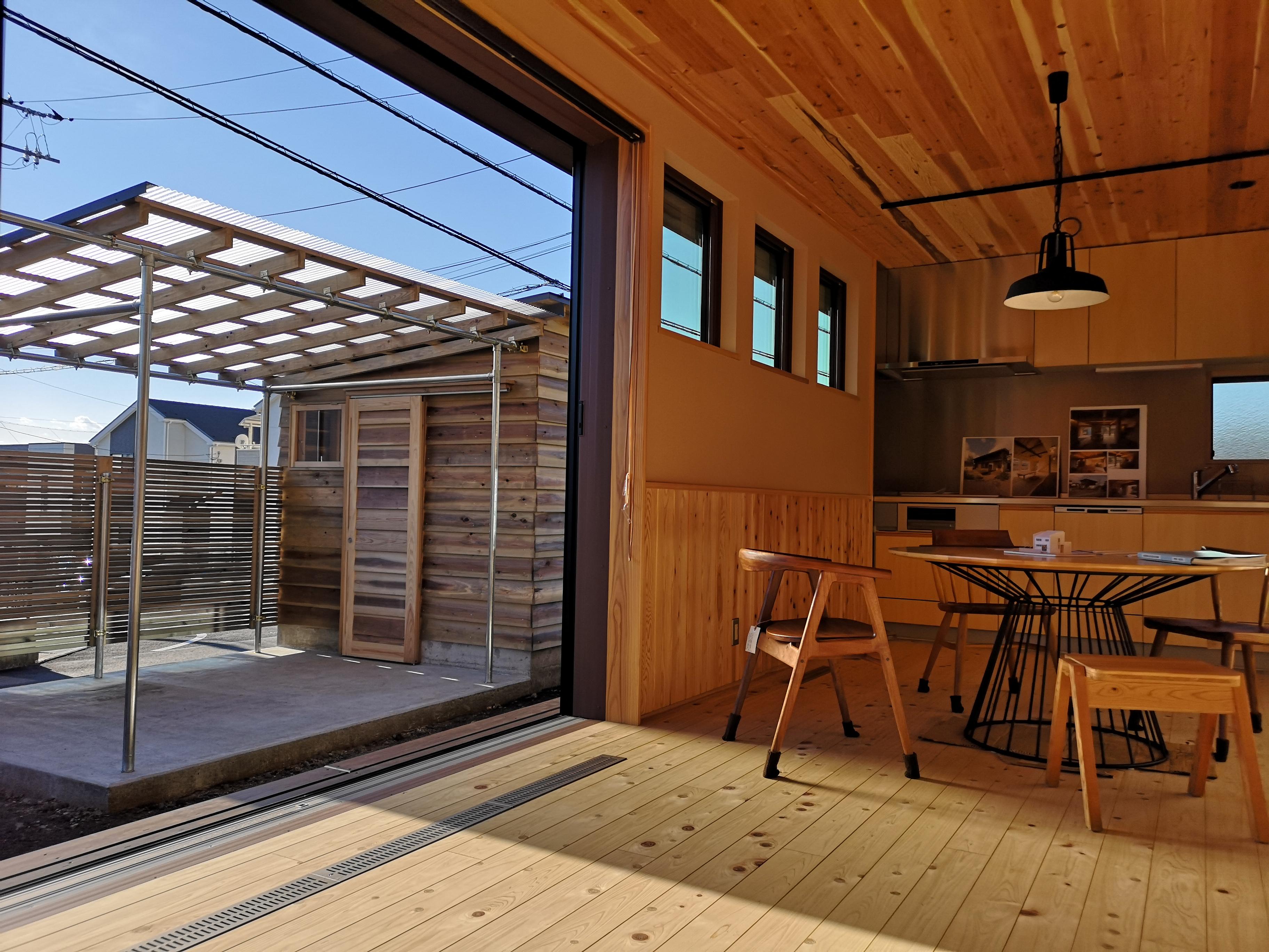富士市の建築家住宅のR+house